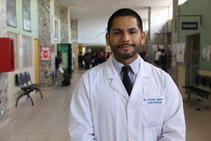El Dr. Antonio Zapata. Endocrinólogo